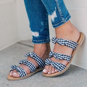 Checkered Bow tie Sandals